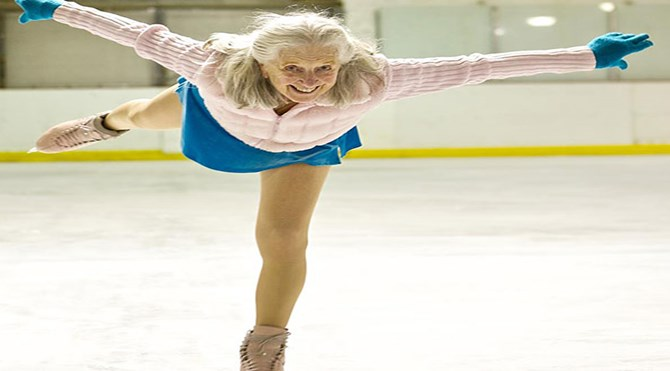 87-years-old-ice-skater-yvonne-dowlen__605